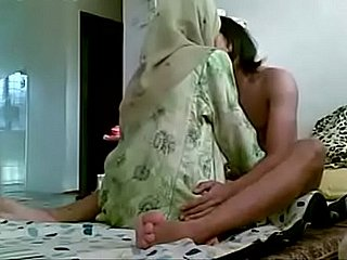 Asian hijab inclusive getting fucked at the end of one's tether the brush Boyfriend homemade MMS